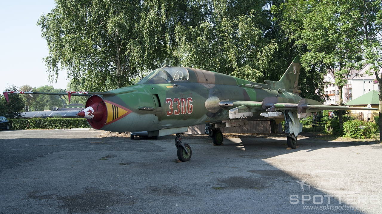 3306 - Sukhoi Su-22 M4 (Poland - Air Force) / Other location - Sosnowiec Poland [/]